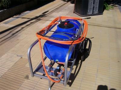 mini fumigador con ruedas 120 lts 12v